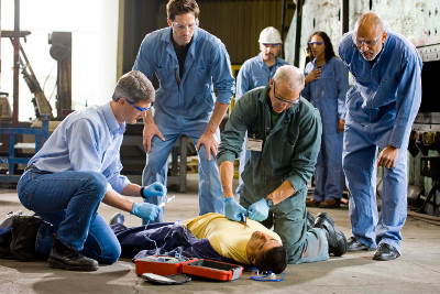 Für Industrie und andere spezielle Umgebungen empfiehlt sich ein massgeschneidertes Defibrillationsprogramm