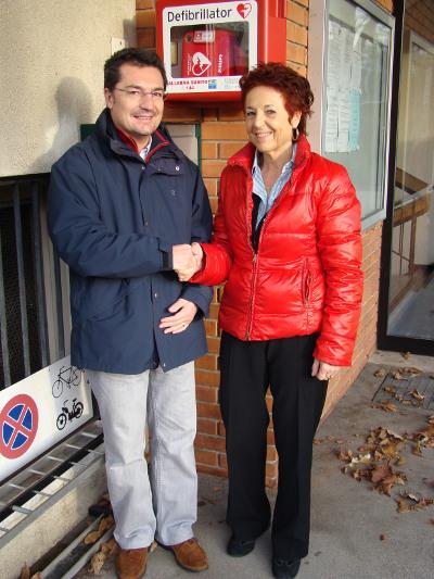 First Responder sind freiwillige laien mit AED und Schulung auf Abruf