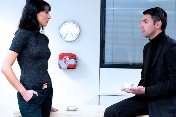 Defibrillator mieten oder kaufen zu preiswerten Kosten