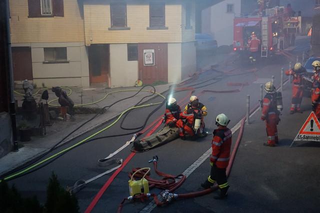 Defibrillator AED im Einsatz durch Feuerwehr und First Responder