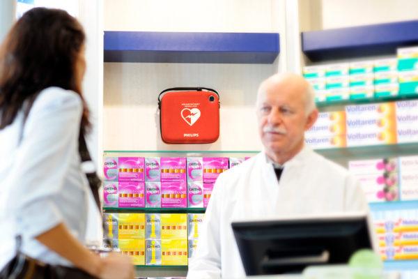 AED in der Apotheke als Glied der Rettungskette der schweiz