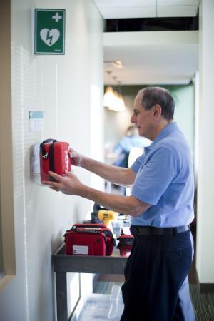 Defibrillator-as-a-Service